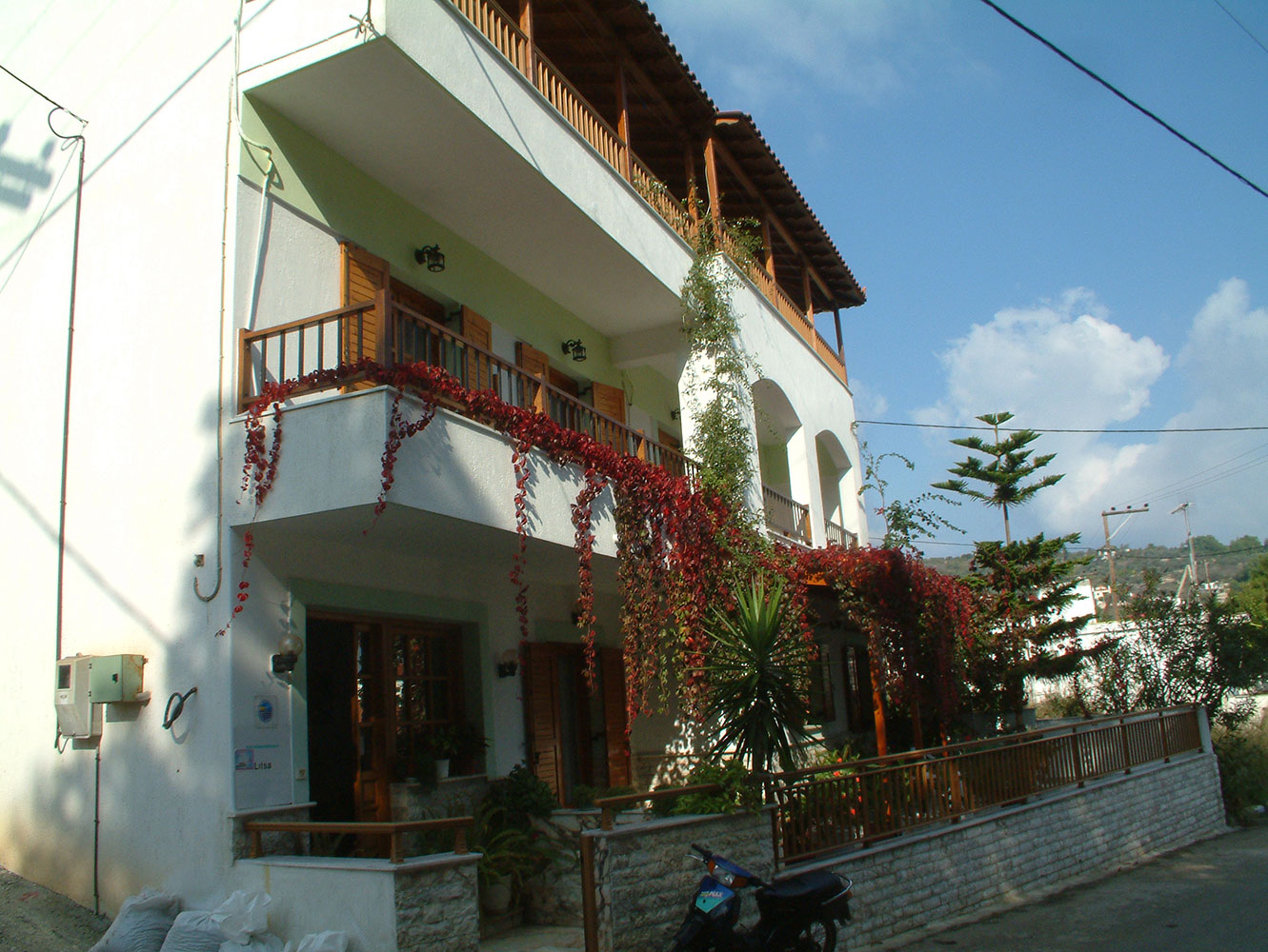 Litsa Studios on Alonissos